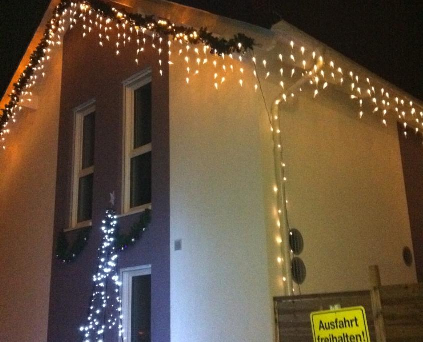 Der Baum des Weihnachtshaus Neureut 2011