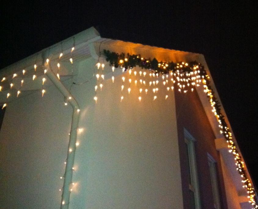 Der Giebel des Weihnachtshaus Neureut 2011