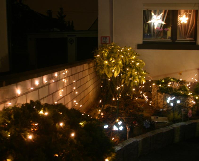 Das hintere Beet des Weihnachtshaus Neureut 2013