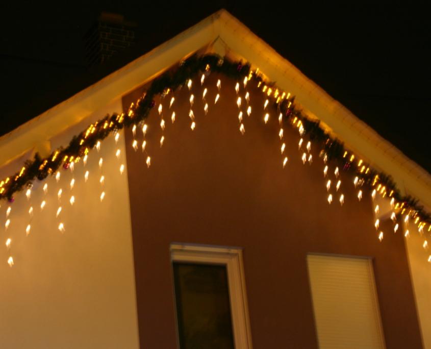 Der Giebel des Weihnachtshaus Neureut 2013
